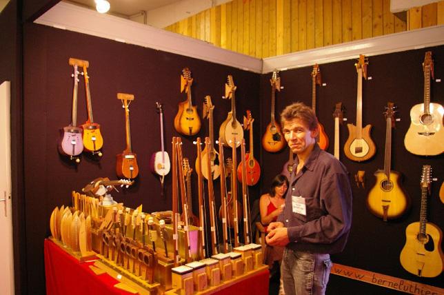 La guitare com interviews luthiers philippe berne for Salon musique paris