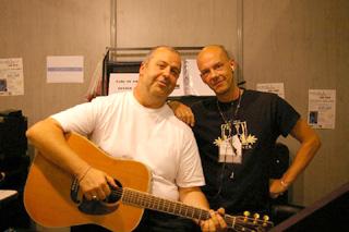 La guitare com salons salon de la musique et du son for Salon musique paris