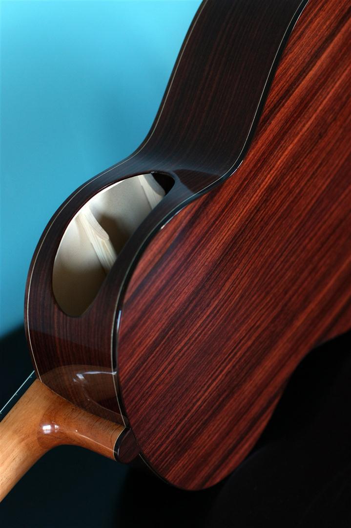 acheter une guitare Acoustique nylon Récital Burlot dans la boutique de laguitare.com