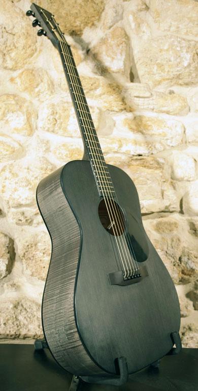 Guitares Chatelier Chatelier-entiere-face