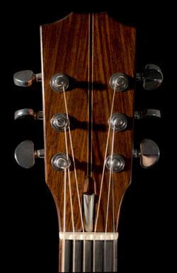 Comment bien choisir sa guitare Jazz Manouche