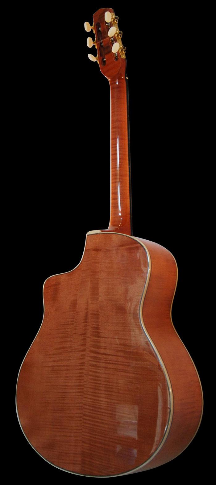 acheter une guitare Type Selmer - Manouche Mélusine grande bouche Guitares La Fée dans la boutique de laguitare.com