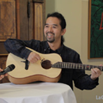 video guitare : Michihiro Matsuda - The Holy Grail Guitar Show 2015 avec laguitare.com
